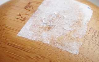 Как убрать следы от наклеек на мебели?