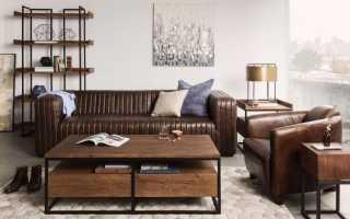 Интерьер с коричневым диваном