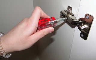 Как правильно врезать петли в шкаф?