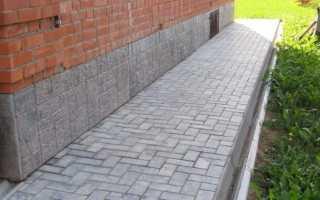 Как уложить тротуарную плитку на бетонную отмостку