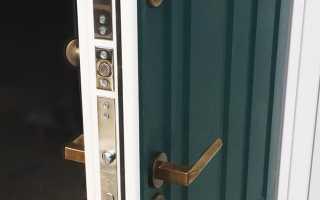 Как выправить железную дверь?
