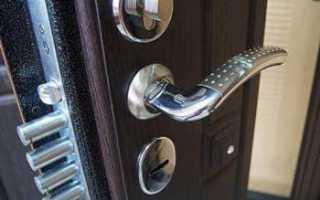Как поменять ручку на железной входной двери?