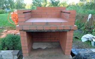 Как построить уличный мангал из кирпича
